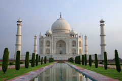 Oszałamiająco Taj Mahal, widzieć w ranku świetle obraz stock