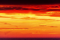 Oszałamiająco wschód słońca i kolorowy niebo Obrazy Royalty Free