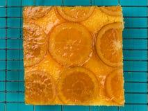Oszklony Candied Pomarańczowy gąbka tort Zdjęcia Stock