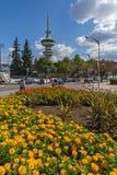 OTE kwiaty w przodzie w mieście Saloniki i wierza, Środkowy Macedonia, Grecja Obrazy Royalty Free