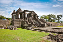 The other main gate of Ratu Boko palace complex on Java, Indones Royalty Free Stock Photos
