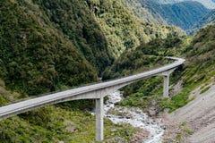 Otiraviaduct, de Pas nationaal park van Arthur ` s, Nieuw Zeeland stock foto's
