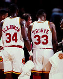 Otis Thorpe et Hakeem Olajuwon, Houston Rockets Photographie stock libre de droits