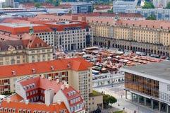 Otoño de Altmarkt justo en Dresden Fotografía de archivo libre de regalías