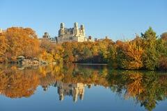 Otoño en Central Park, Nueva York imagenes de archivo