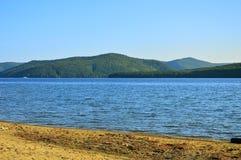 Otoño en el lago Baikal Paisaje de la tarde Imagen de archivo