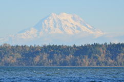 Otoño en el Monte Rainier imágenes de archivo libres de regalías