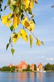Otoño en Trakai, Lituania Foto de archivo