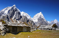 Otoño escénico del paisaje de las montañas Fotos de archivo