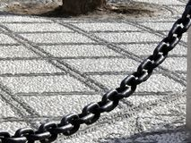 Otoczak podłogi i ampuły żelaza marmurowy łańcuch zdjęcie stock