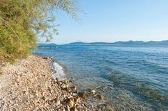 Otoczaka brzeg blisko Zadar Zdjęcia Royalty Free