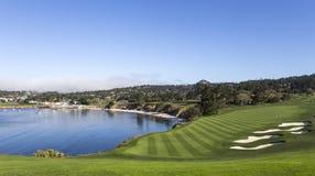 Otoczaka Plażowy pole golfowe, Monterey, Kalifornia, usa zdjęcia royalty free
