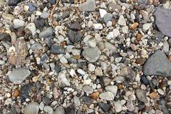 Otoczaki na plaży obraz royalty free
