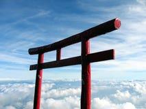 Otori au-dessus des nuages - Mt. Fuji, Japon Images libres de droits