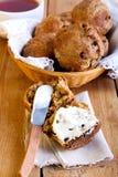 Otrębiaści i jabłczani muffins Zdjęcia Stock
