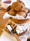 Otrębiaści i jabłczani muffins Zdjęcie Stock