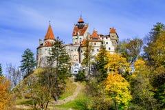 Otręby kasztel, Brasov, Transylvania, Rumunia Jesień krajobrazowy dowcip zdjęcia stock