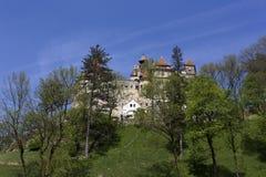 Otr?by kasztel w Transilvania podczas wiosny zdjęcia stock