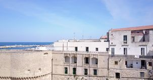 Otranto med Alfonsina Gate, Apulia, Italien stock video