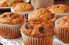 Otrębiastych muffins zbliżenie Obraz Royalty Free
