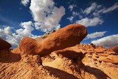 otrolig dal för amerikansk för beskärningsprärier för elakt troll naturlig röd skulptur för sandsten Arkivfoton