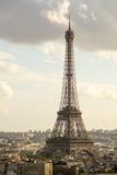 Otros viajan a Eiffel Imagenes de archivo
