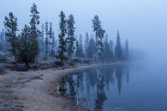Otta vid sjön Royaltyfria Bilder