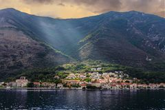 Ottaljus på den Montenegro byn Arkivfoto