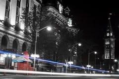 Ottawa natt på parlamentkullen royaltyfria foton