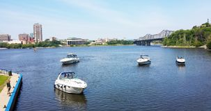 Ottawa, Ontário, Canadá - 21 de julho de 2016: Barcos no canal de Rideau Fotografia de Stock