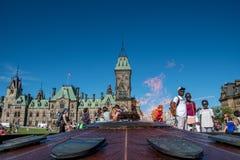 OTTAWA parlamentu budynek NA letnim dniu zdjęcia royalty free