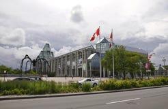 Ottawa, 26th Czerwiec: National Gallery Kanada budynek od śródmieścia Ottawa zdjęcia stock