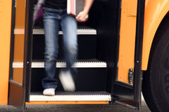 Ottenere del bambino del bus Fotografia Stock
