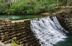 Otter湖水坝蓝岭山行车通道,弗吉尼亚,美国 免版税库存照片
