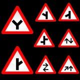 Otto segnali stradali bianchi rossi di figura del triangolo hanno impostato 2 Immagine Stock