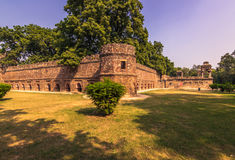 27 ottobre 2014: Pareti intorno ai giardini di Lodi a Nuova Delhi, dentro Fotografia Stock