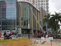 5 ottobre 2016 Subang Jaya, Malesia L'esercizio dell'esercitazione antincendio all'hotel Subang USJ della sommità è stato fatto q Immagine Stock