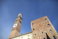 Ottobre 2018 van Verona, Italië -23: Weergeven van het populaire vierkant bij Piazza delle Erbe in Verona, Italië Verona wordt ge royalty-vrije stock afbeelding