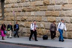 2 ottobre 2014: Washington, DC - la gente che attraversa through l'unione Immagine Stock Libera da Diritti