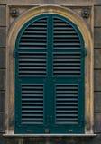 Otturatore verde della finestra Fotografia Stock