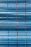 Otturatori blu stracciati fotografia stock libera da diritti
