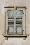 Otturatori di legno della finestra Fotografie Stock Libere da Diritti
