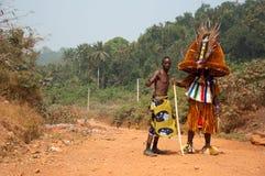 Otuo年龄层节日-化妆舞会在尼日利亚 免版税库存图片