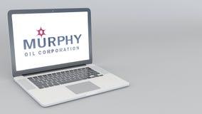 Otwarcia i przymknięcia laptop z Murphy Oliwi loga 4K 3D redakcyjny rendering Zdjęcia Stock