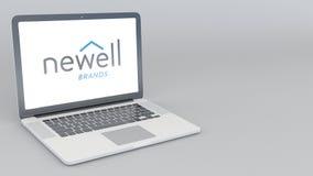 Otwarcia i przymknięcia laptop z Newell Oznakuje loga 4K 3D redakcyjny rendering Zdjęcie Royalty Free