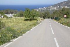 Otwarta droga blisko Hort plaży; Ibiza Zdjęcia Royalty Free