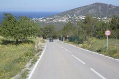 Otwarta droga blisko Hort plaży; Ibiza Zdjęcia Stock