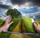 otwarta książkowa krajobrazowa łąka Obrazy Royalty Free