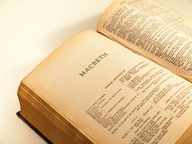 Otwarta strona zupełne pracy Shakespeare obraz royalty free