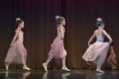 Otwarta tana Festival-2016 Children tana grupa wykonuje balet Obraz Royalty Free